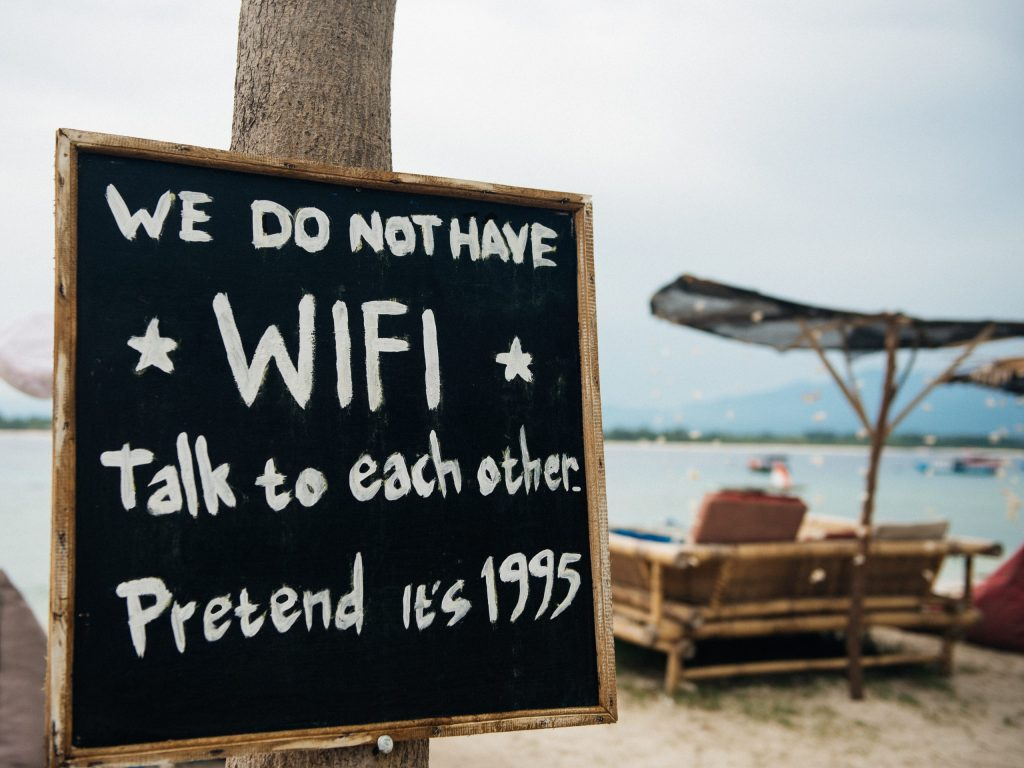Sign saying we do not have WIFI